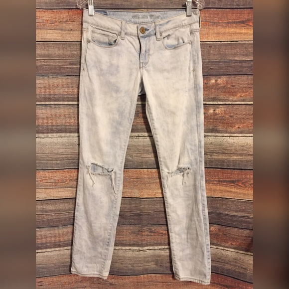 American Eagle Outfitters Denim - American eagle distressed acid wash skinny jeans